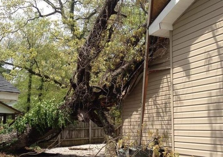 Storm Damage Chattanooga Roofing Contractors